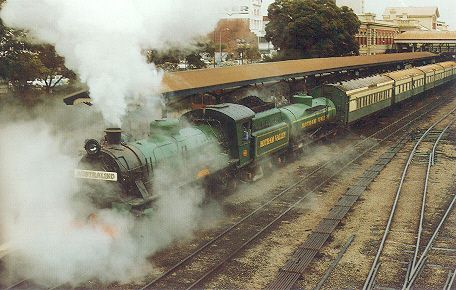 "W 903 departs City Station on March 28 1985 with the last locomotive hauled ""Australind"" to run to the old Bunbury station"